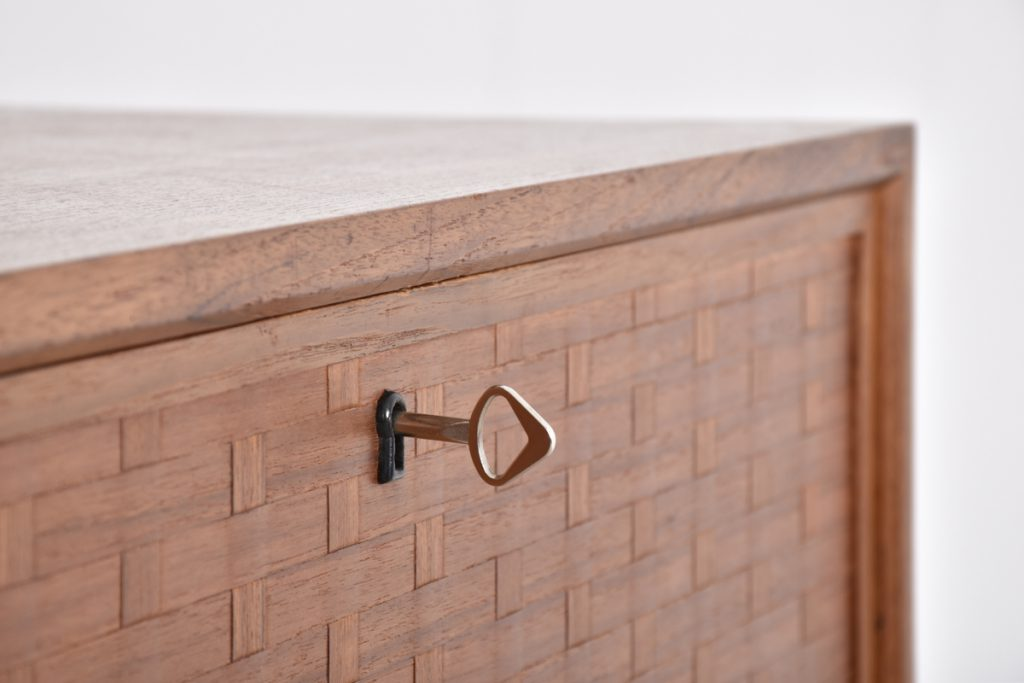 Detail drop front cabinet with braided front - 43,5h x 37,5d x 80l