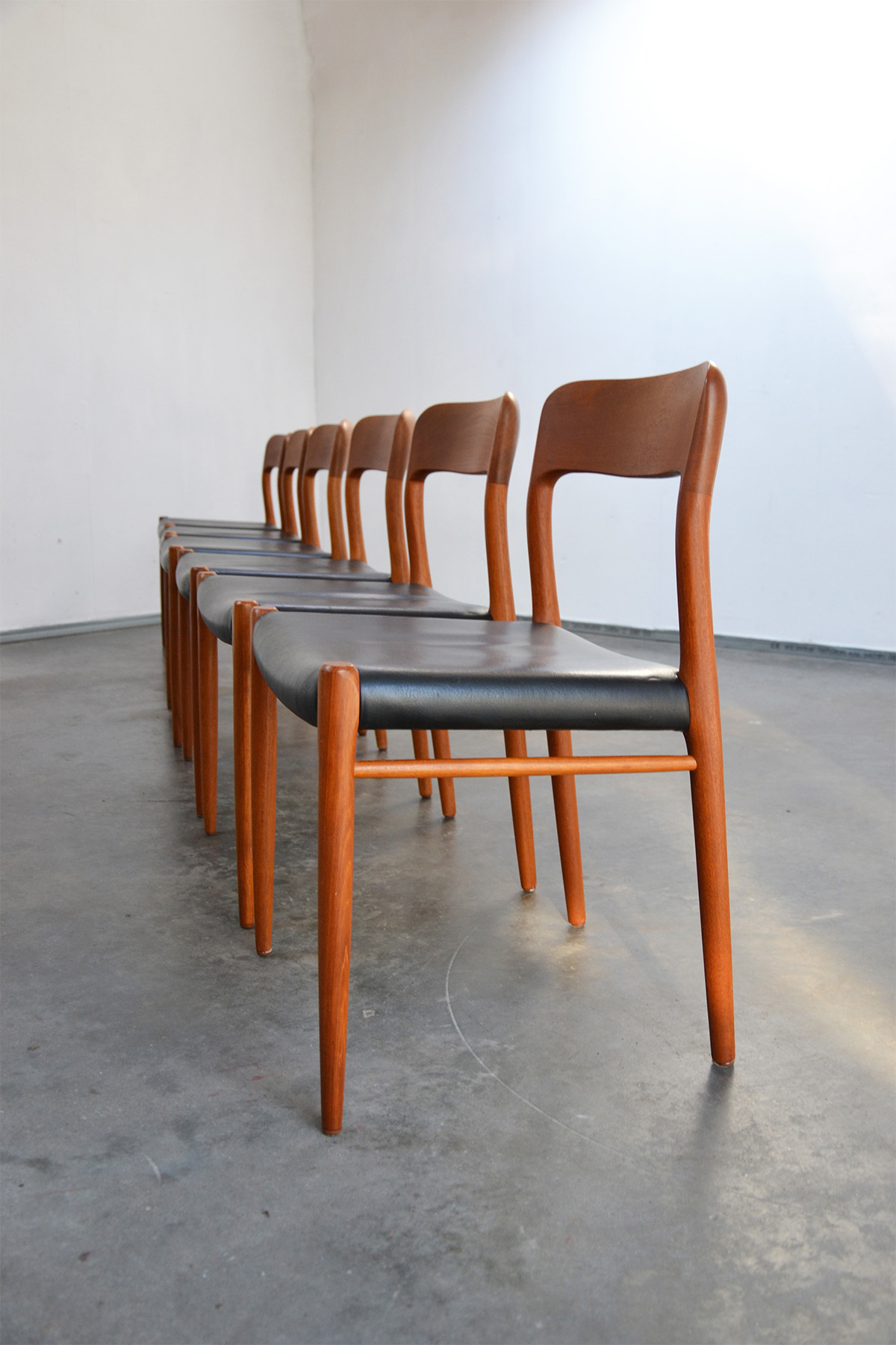Nome Dining Chairs By Niels Otto M 248 Ller For J L M 248 Ller