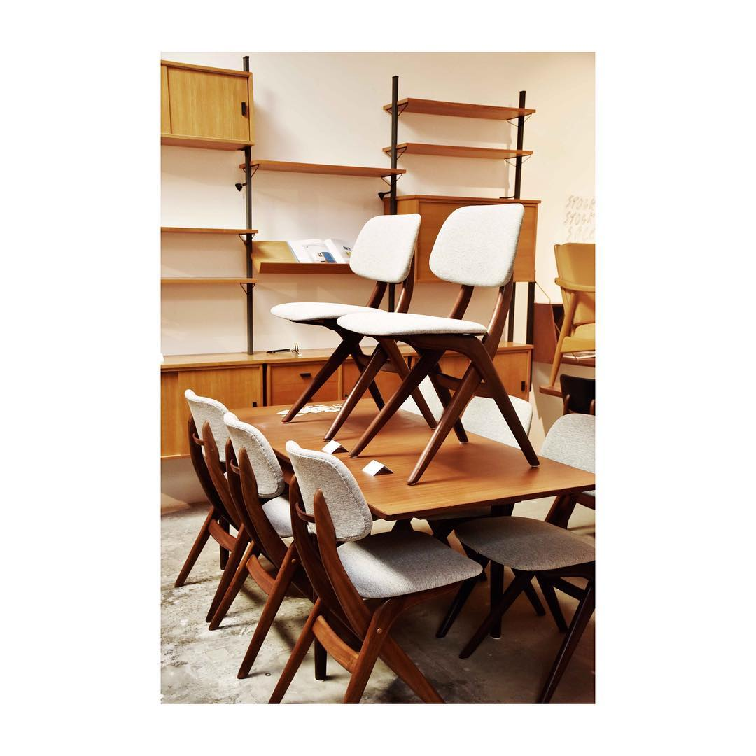 8 Louis Van Teeffelen Pelican Chairs. U2022 NOME FURNITURE