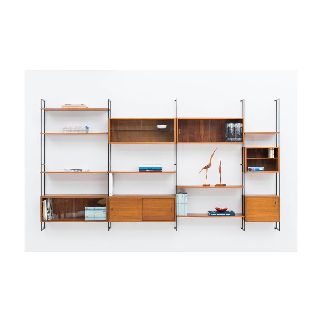 Beautiful modular wall unit by Helmuth Magg, series 207.