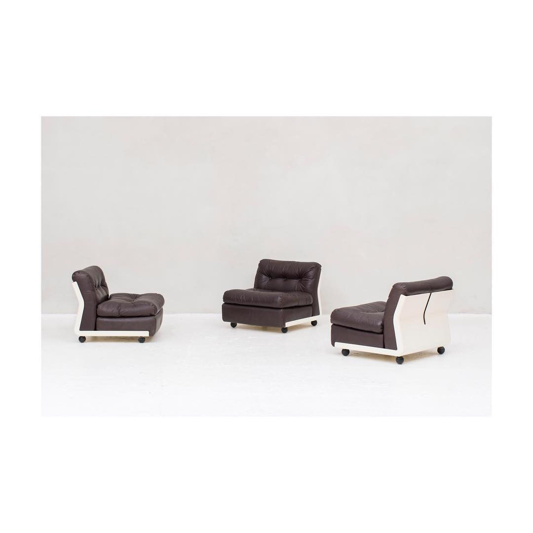 Preview for the next update on nomefurniture.com. Amanta modular lounge chair by Mario Bellini