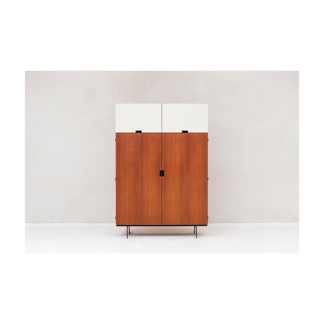 Wardrobe, KU10, from the Japanese series designed by Cees Braakman in 1958 and produced by Pastoe around 1960.